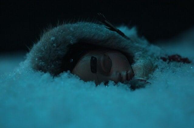 Саглана в снегу